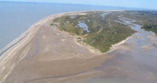 Subió la marea y 45 personas tuvieron que ser rescatadas en Punta Rasa