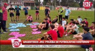 Argentinos Juniors prueba futbolistas costeros